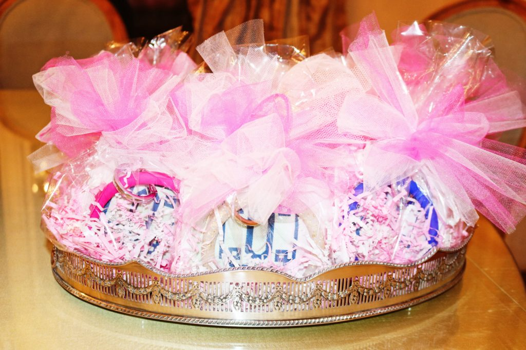 hostess gifts, baby shower, dallas hospitality, fashionomics