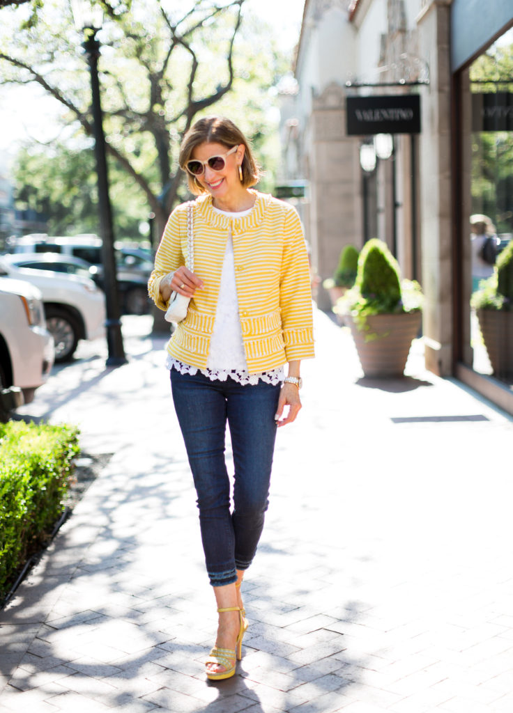 Dallas Blogger chooses yellow for a pop of color in a boucle jacket for summer style