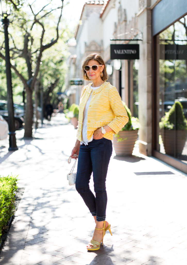 Over 50 blogger Debby Fashionomics and wardrobe consultant wants to dress you up in style.