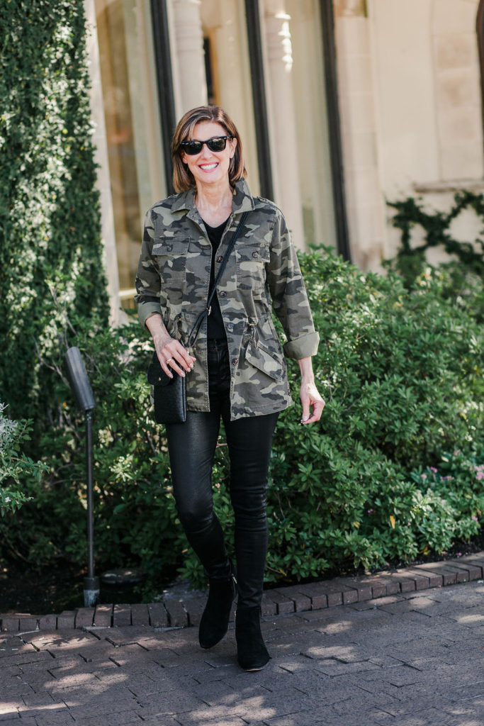 Great Banana Republic utility camo print jacket but its sold out