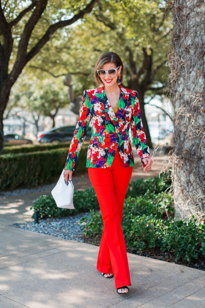 Over 50 blogger in bold colors for spring 2019 from Tootsies Dallas
