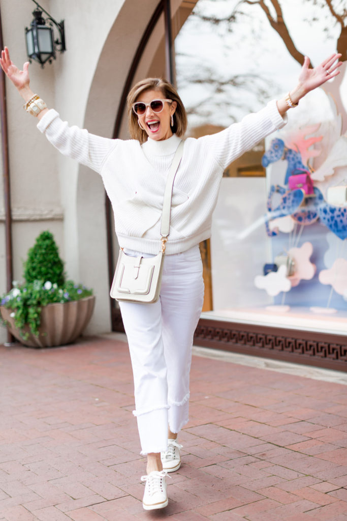 Yay for summer trends in all white denim
