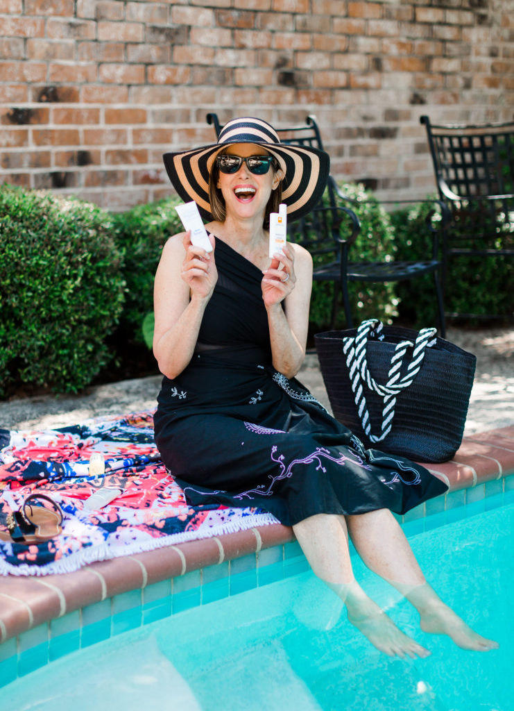 Sunscreen from La Roche Pose and Goop used by over 50 blogger